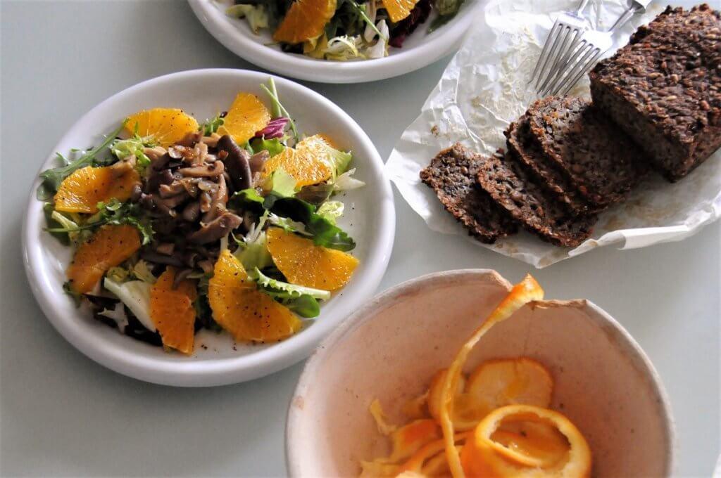 salat-hliva-pomeranc